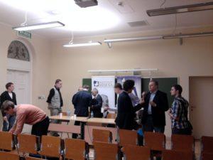 Dyskusja po zakończeniu debaty. Foto. MN