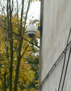 Kamera znajdująca się dosłownie kilka metrów od miejsca zdarzenia. Foto. Prokapitalizm.pl